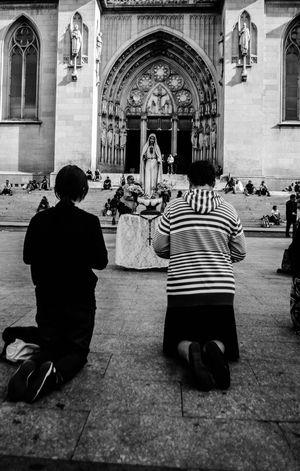 Religion Spirituality Adults Only Fé Street Photography Streetart Blackandwhite Photography Sao Paulo - Brazil Fotografia Artrua Photography Themes Streetphoto_bw Saopaulo Welcome To Black Streetphotography Photo City Life Fotoderua Photographing SP