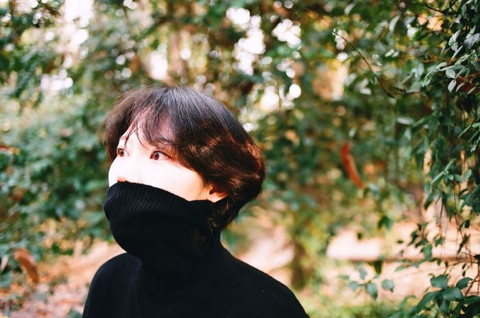 Brown Hair Bangs One Person Headshot Young Adult Tree Outdoors Short Hair One Young Woman Only One Woman Only Real People Only Women Beauty Adults Only Young Women Close-up Beautiful Woman Day People Adult Film Photography 35mm Film Filmisnotdead