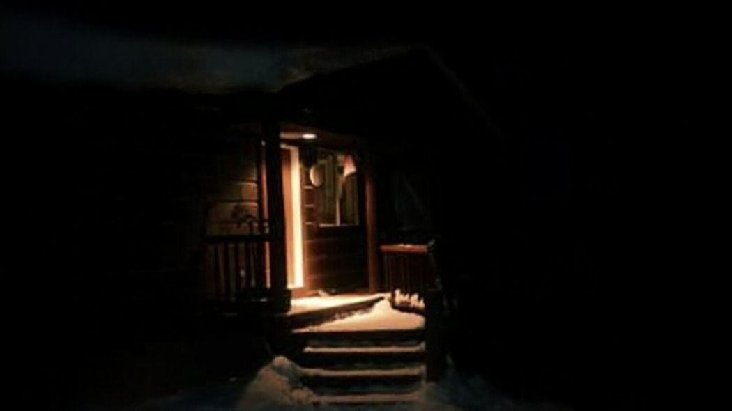 Snow Covered Wintertime Snow ❄ Cabin In The Woods Cabin Winter Nights ❄ Porch Light Winter Wonderland Winterscapes Winter