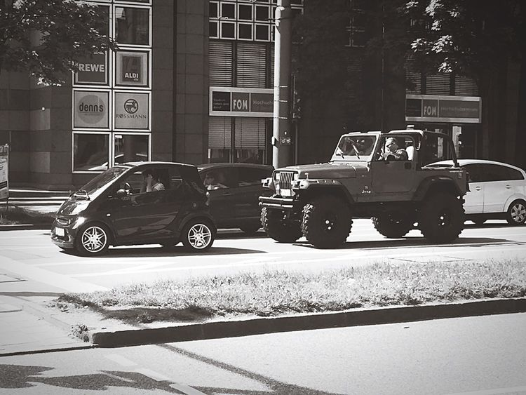 Cars Urban Lifestyle Urbanphotography Urbanexploration Carporn Pimp Understatement Monochrome Blackandwhite Black And White Black & White Streetphotography Cityscapes Race Race For Life