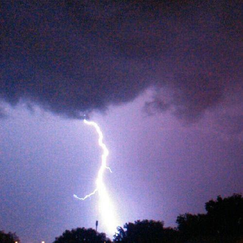 Cloudtoground lightning