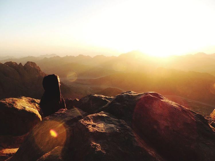 Mount Sinai Only Women One Person Women Sun Sonnenaufgang🌇 Young Women Sinai Egypt Sinai Mosesberg Sunrise Mountain Landscape Sunlight