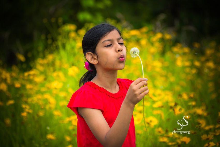 Flower Girls Front Or Back Yard Freshness Childhood