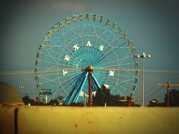 State Fair of Texas Ferris Wheel at Fair Park. Ferris Wheel Fairground Ride Travel Destinations Outdoors Texas Texas Photography Dallas- Texas State Fair Dallas, Texas  EyeEmNewHere Photographer Photography No People Drive By Photo Highway Photography Drivebyshooting