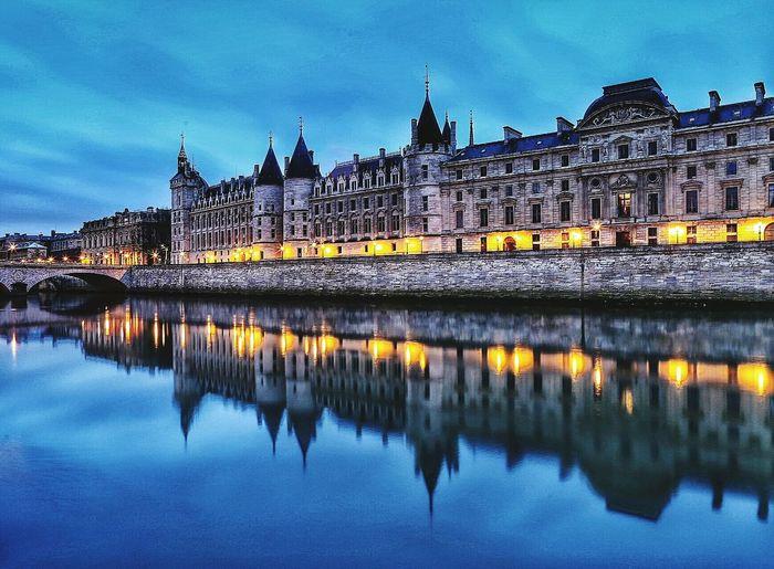 Palais De Justice City Paris, France  Iloveparis Architecturelovers Seine