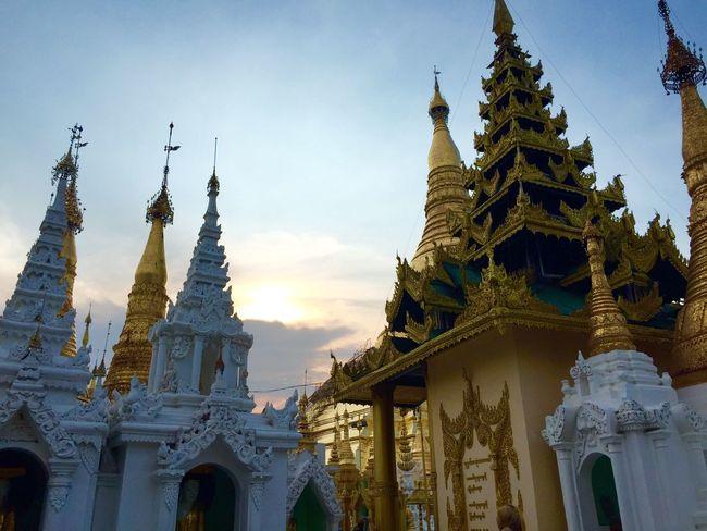 Shwedagon Pagoda Gold Myanmar Sunset