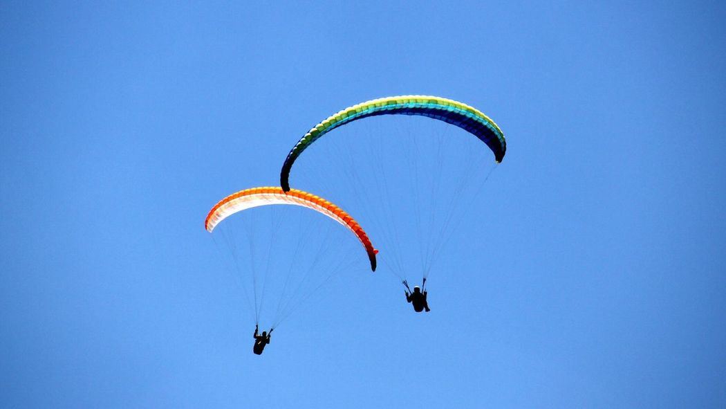 Paraglider Duo Paragliding Adventure Extreme Sports Leisure Activity Flying Paraglider Paragliders Paraglide Paragliding Fun Live For The Story The Great Outdoors - 2017 EyeEm Awards Duo Pairs Pair Heaven Sky And Clouds Sky Skyporn Sky_collection Sky Collection Skylovers Sky Porn Sky_ Collection EyeEm Best Shots