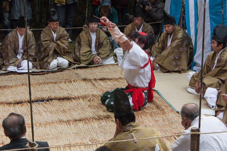 Sword Dance | 剣舞 Miyazaki Nichinan Ushiodake Kagura Dance Sword