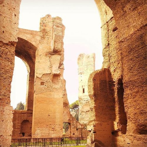 17 novembre 2015 Terme di Caracalla, Roma Roma Rome Anticaroma Italia Volgoitalia Volgoroma Ancientrome Ilikemic TermediCaracalla Caracalla Archeology Architecture Shadows Myrome Just_best_photo