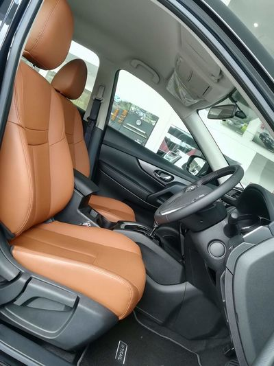 EyeEm Selects Interior Views Car Interiors Leather Seat Brownleather Nissanxtrail Nissan Cars Eyeemcar EyeEm Best Shots The Week On EyeEm No Filter, No Edit, Just Photography Technology Close-up The Nissan X-Trail Tomei Aero Edition interior.