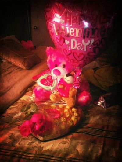 what my mommy & two besties got me for valentines day <3