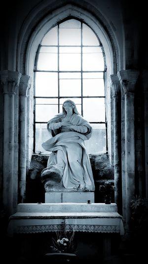 Sculpture Statue Window Spirituality Religion Place Of Worship Human Representation Sky Architecture Historic Civilization Bas Relief Arch Female Likeness Historic Building History Ancient Civilization