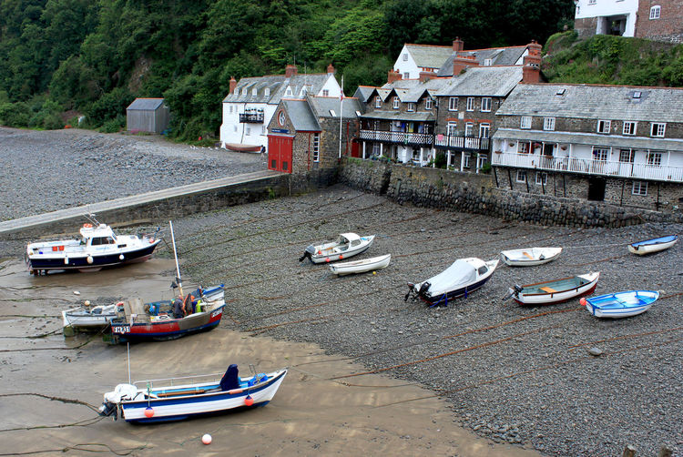 view on a harbour in Cornwall at the low tide Birds Eye View Boat Boote Coast Cornwall Ebbe Fisherman Boat Hafen Harbour, Küste Low Tide Mode Of Transport Outdoors Schiffe Sea Top View Tranquil Scene Travel Travel Destination