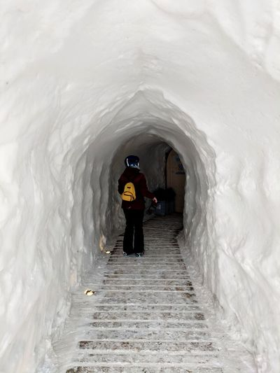 Day 6. Checking out this White Longue thing, looks pretty cool. Skiing Snow Igloo Full Length Architecture Tunnel Cold Winter Cold Temperature Arch