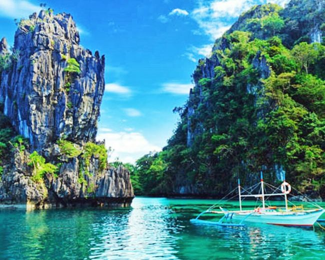 the beauty of underground river