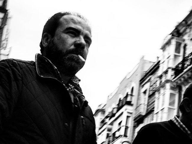 Shoot from the hip Blackandwhitephotography Blackandwhite Bnw Bnw_maniac Bnwlovers Monochrome Bnw_lover Bnw_lovers Mono Streetphotography Streetphotography Blackandwhite_streetphotography
