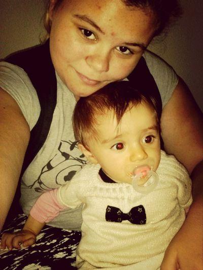 Posey dans la chambre avec la cousine <3 Gwenalle Selfie