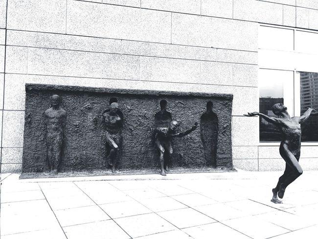 Sculpture In The City Sculpture Streetphotography Streetsculpture Streetstyle Art ArtWork Philadelphia