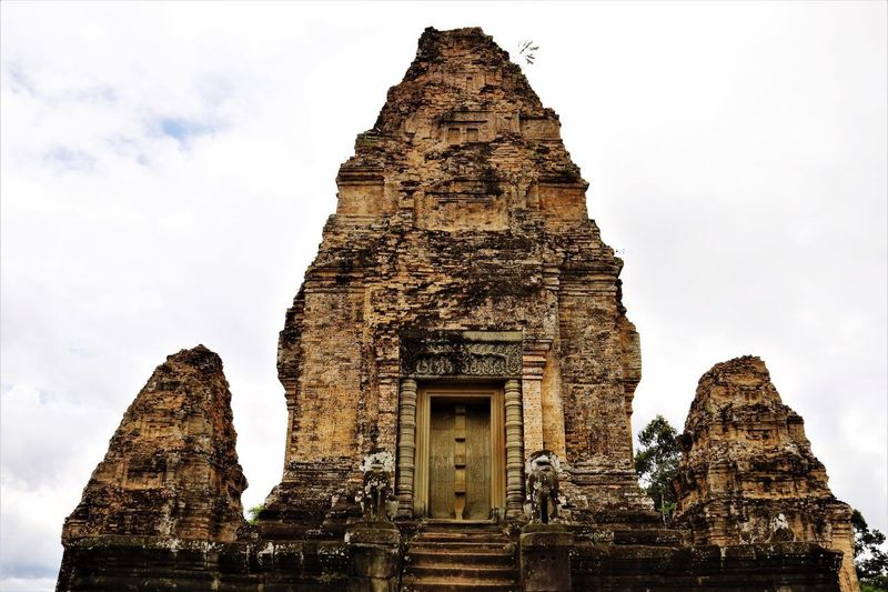Religion Spirituality Place Of Worship Architecture Built Structure Old Ruin Statue Ancient Civilization Travel Destinations History Building Exterior Sculpture Low Angle View Ancient Travel Sky Day No People Outdoors