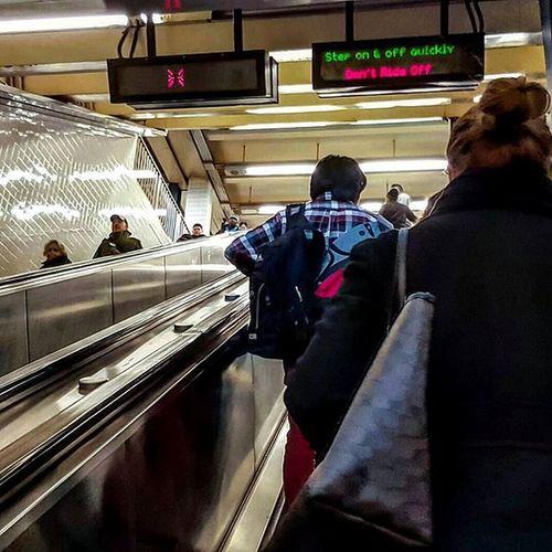 Rooseveltavenue Rooseveltave Queens NYC Newyork Newyorkcity Boroughofqueens Nbc4ny Subway Nyctransit Escalator Passenger Mta Subwaystation Subwaysystem