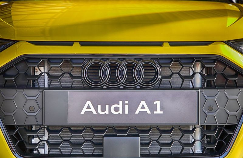 Beautiful car part Macro Artistic Expression Photooftheday Bestoftheday HDR Italy Inspirational Sportcar Eye4photography  Car Audi Canon5Dmk3 Text Communication Yellow No People Connection Architecture Transportation Indoors  Full Frame Sign Technology Mode Of Transportation Close-up