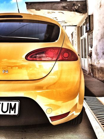 Seat Leon1p Yellow Gold 2008 TDIpower Cupra