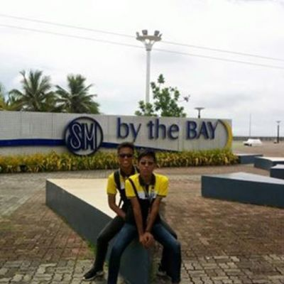 I'm all about the bay, by the bay . No trouble Hahaha Waley Allaboutthebay Regram TBT  Lowquality