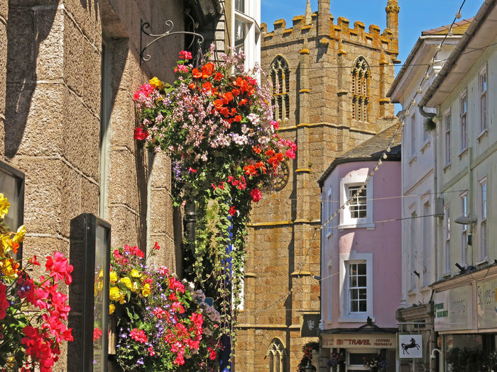 Architecture Building Exterior Built Structure City Cornwall Cornwall Life Cornwall Tourism Cornwall Uk Day Flower Flower Pot Fragility Freshness Growth In Bloom Low Angle View Old Town Outdoors Plant Tower Towers Travel Destinations Window