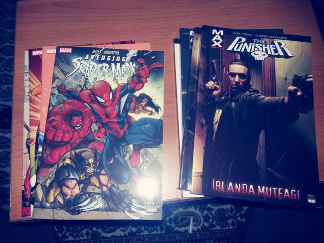 Comic Comics Marvel Marvel Comics Spiderman The Punisher çizgiroman First Eyeem Photo