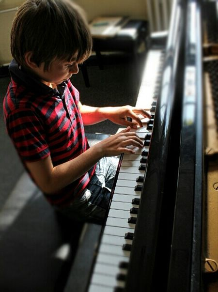 In the moment of concentration - let's play it The Moment - 2015 EyeEm Awards TakeoverMusic Moments Eye4photography  EyeEm Gallery Klavierspieler EyeEm Best Shots Playing Piano Piano Time Piano Keyboard  Piano Lessons Piano Player Piano Practice Child Playing Music Playing Music Rehearsal Real People Music Is My Life Piano Lessons Piano Lover Pianolesson