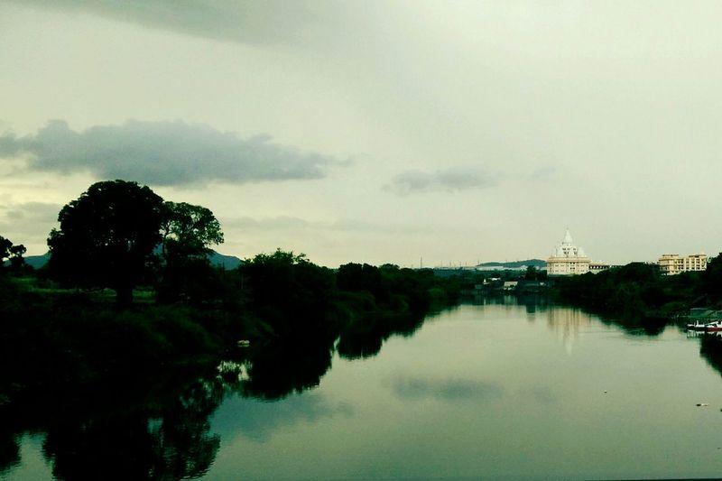 Dehu Streetphotography Lost In The Landscape