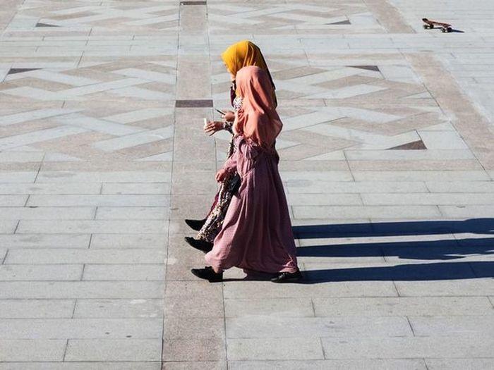 Women Footpath Clothing Fashion Street Muslim Burka  Hijab Hijabfashion Hijabstyle  Modern People Kyrgyzstan Kyrgyz Middle East Islam Islamic Islam #Muslim #Alhamdulillah #Pray #Dua #Sujood #Proud2beamuslim #Blessed #Subhanallah #Beautiful #Muslimah City Walking Lifestyles Muslim Woman Femininity The Street Photographer - 2018 EyeEm Awards Urban Fashion Jungle