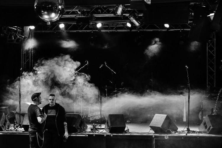 2016 BonBonBoys Konzert Kulturbrauerei Stage Trzoska Frannzclub Indoors  Men Night People Prenzlauer Berg Real People S/w Smoke - Physical Structure Smoking - Activity