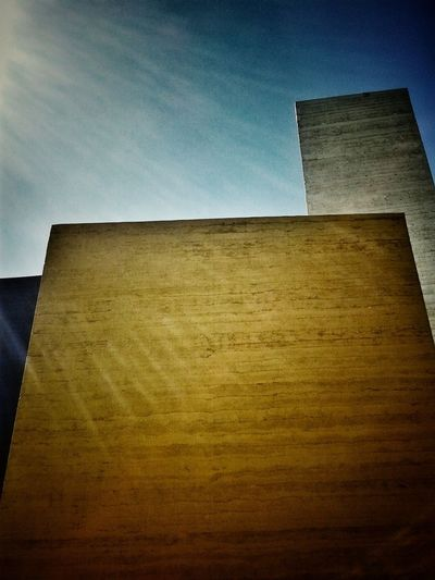 3..0 MOPA30 Show Us Your Thirty Arquitectura Mexico Monumento Torresdesatelite Mathias Goeritz