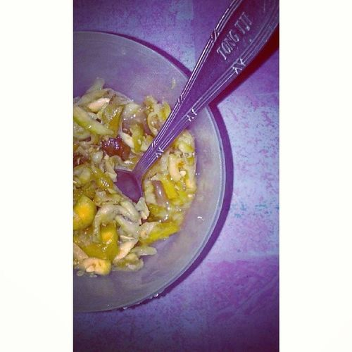 Rujak serut, makanan ibu hamil yg lg ngidam gitchu :3 Foods Meal Rujakserut Spicy fresh juicy fruits vege instafood indonesianfoods traditional