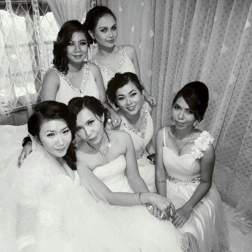 A happy bridesmaid make a happy bride ? congratulations AlvonStacyWedding so happy for both of youuu
