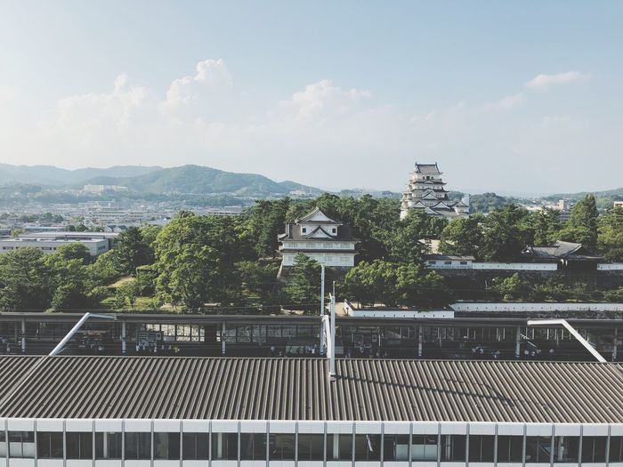 Fukuyama castle Summertime Station Station Architecture Traditional Architecture City Life Up View IPhoneX Castle Walls Japanese Castle Castle Architecture Built Structure Building Exterior Sky Tree Cloud - Sky Nature Railing Day No People City Sunlight Communication Sign Building Outdoors Barrier EyeEmNewHere The Traveler - 2019 EyeEm Awards