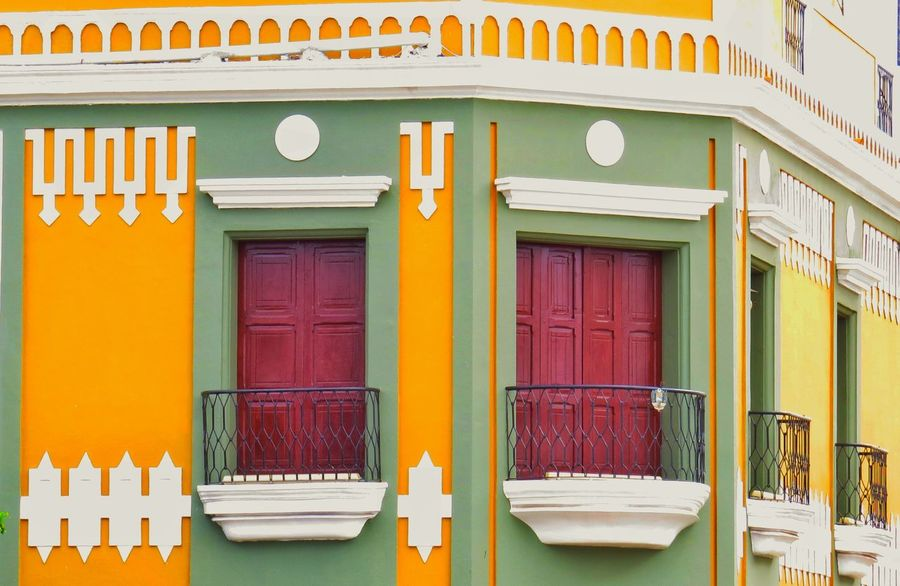 Fachadas Marabinas EyeEm Selects Multi Colored Architecture Outdoors Tourism Travel Destinations No People Window Building Exterior Built Structure Vacations Day Pastel Colored Yellow Awning Close-up