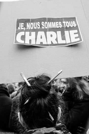 Attentat Attentat Paris Charlie Charliehebdo Communication Information Information Sign Manifestation Manifestation Contre Le Terrorisme Paris Sign Symbol Western Script The Photojournalist - 2017 EyeEm Awards