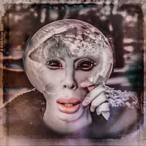 Androgynous Ambiguity Facial Experiments The World Is Full Of Colourful Lies... Symbolism Photographic Approximation Artificial Indifference Toxic Future Type Faces Alien Nation