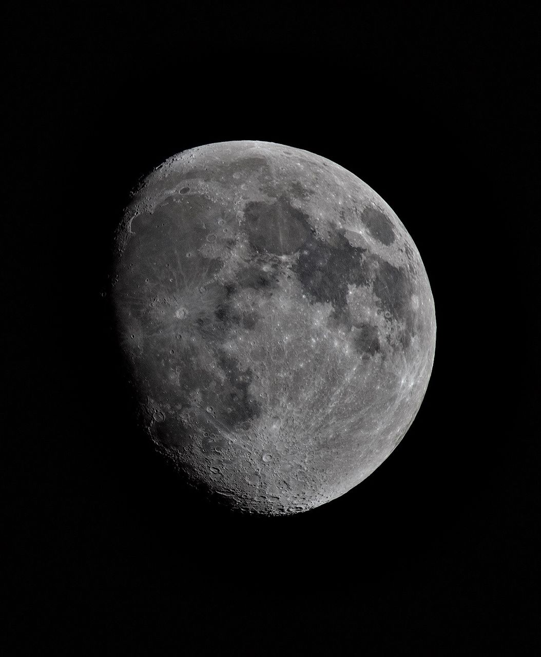 space, astronomy, moon, night, sky, planetary moon, moon surface, beauty in nature, scenics - nature, no people, nature, tranquility, tranquil scene, low angle view, space exploration, copy space, idyllic, shape, exploration, majestic, outdoors, dark, moonlight, full moon, astrology, space and astronomy