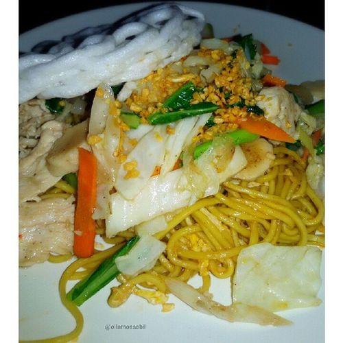 Mie Goreng Senayan ala Senayan Resto & Bakery (o^^)o❤o(^^o) … Favorite nya @rianstatham 0^◇^0)/❤ … Happy Lunch Everybody ヽ(^。^)ノ???