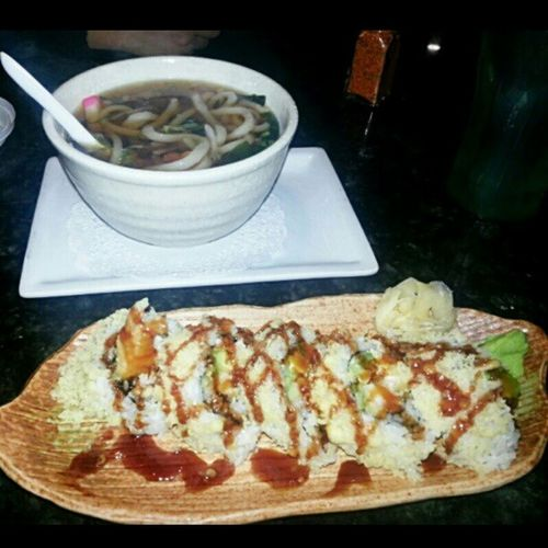 A Crunchyroll Sushi for me and Udon (Soba ) soup for the sick sissy @erikajanine ?