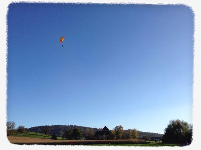 Gleitschirm Flug über Schloss Hegi Winterthur Gleitschirm Schloss Hegi Outdoor