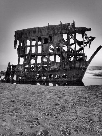 Rustygoodness Landscape Photography Oregon Coast Landscapes Perspective Beach Views Ship Wrecked Boat Beach Photography Black And White Beachphotography Shipwreck Landscape Variations Sand Blackandwhite Oregon