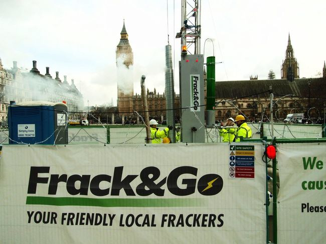 Green Peace fracking protest, Parliament Green, London, U.K. 09-02-2016 Uk Steve Merrick Environment Greenpeace London Stevesevilempire Protest Fracking Protesters Parliament Green Green Peace Zuiko Olympus Parliament
