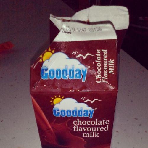 Susu cokolaat kocaaak.. Nyumnyum Salammaghrib Lalola