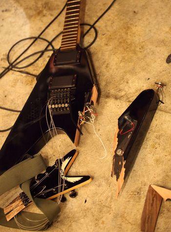ライブ Live 日本 沖縄 Event Okinawa Japan Naha City 那覇 フライングV Flying V Guitar Destruction ギター Guitar