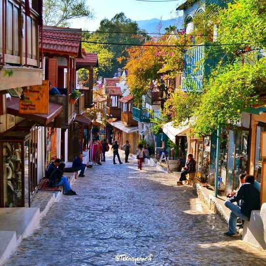 Uzunçarşıda hareket başladı Kas Uzunçarşı Bazaar Tatil Holiday Beautiful Streetphotography