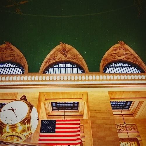 Grand Central Station Turquoise Colored Grand Central Station Trainstation Gold Clock Traintracks New York Grand Central Terminal, 1941 Grand Central Station Lights Politics And Government City Arch Architecture Close-up National Flag Historic Stars And Stripes National Icon